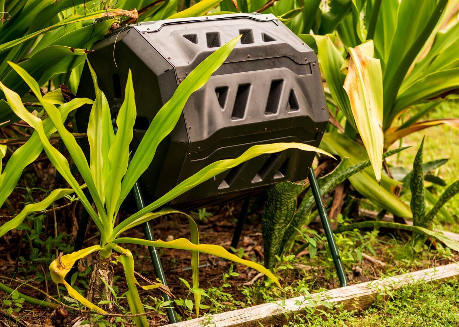 compost bin tumbler in garden