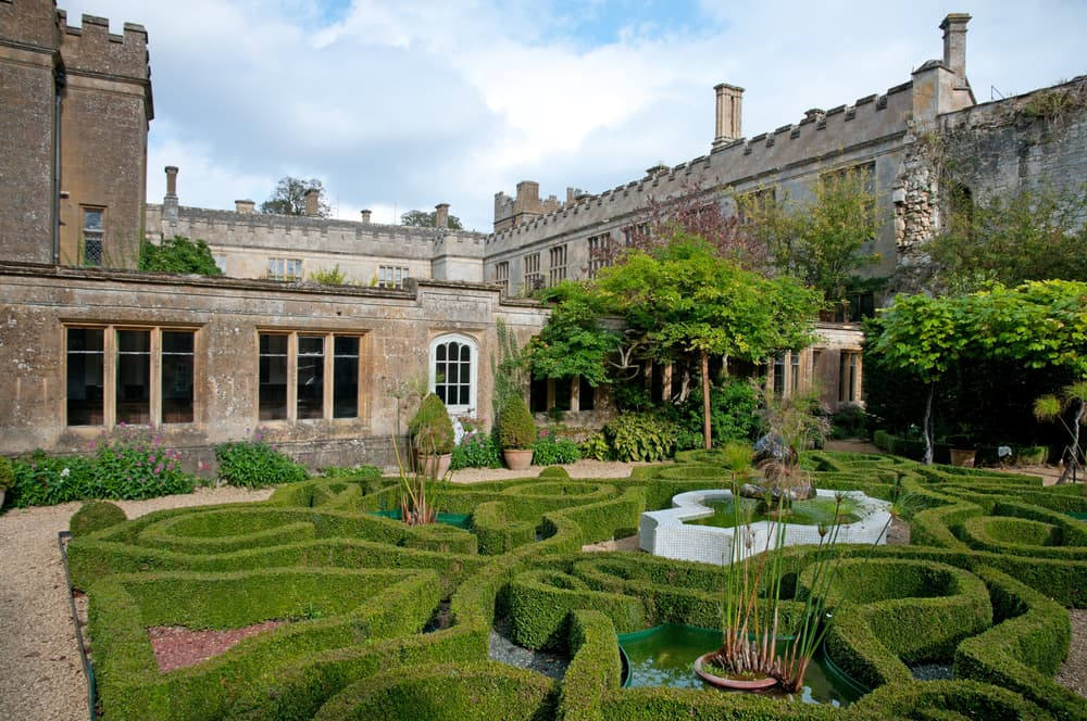 a topiary knot garden in Sudeley Castle grounds