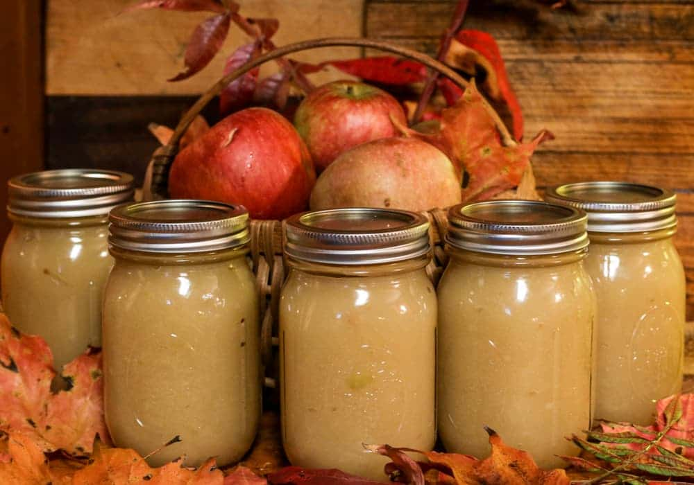 Canned applesauce